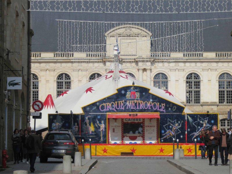 00 featured cirque